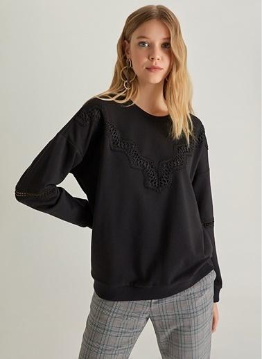 NGSTYLE Dantel Detaylı Sweatshirt Siyah